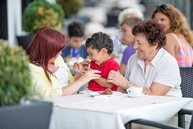 Sanity Tips for Eating Out With the Kids