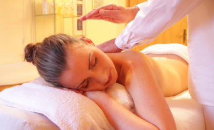 Massage Therapy Versus Chiropractic Care: What's the Difference and When Should You Get Them?